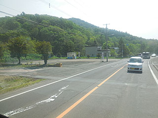 山水団地前の回転場(左手奥)