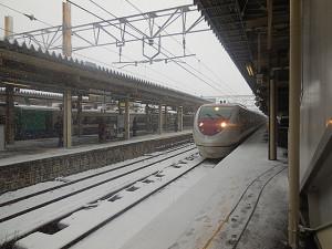 直江津駅入線中の「特急はくたか」