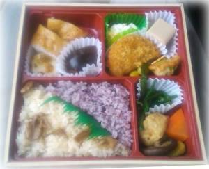 ご飯が2種類。特に、くるみご飯は、東北の旅情を深めてくれます。